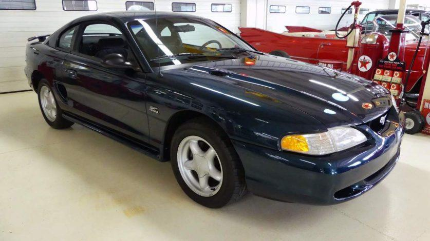 1995 Ford Mustang GT Stock