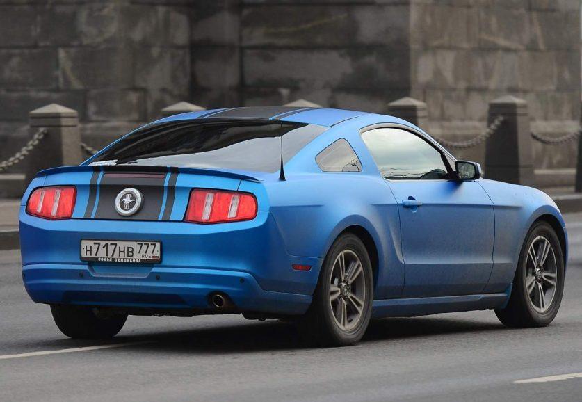 Форд Mustang с Российскими номерами