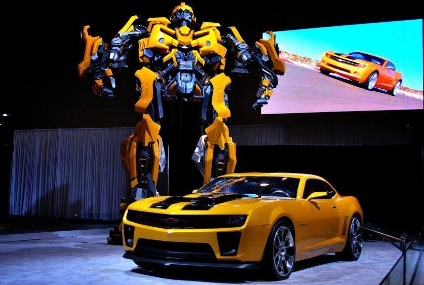 Bumblebee Transformers и Chevrolet Camaro