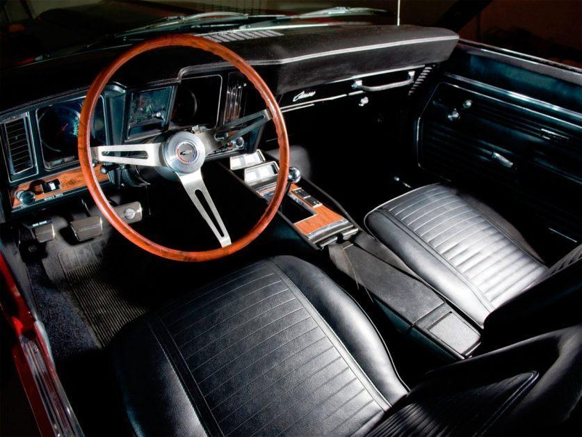 Салон Chevrolet Camaro 1969