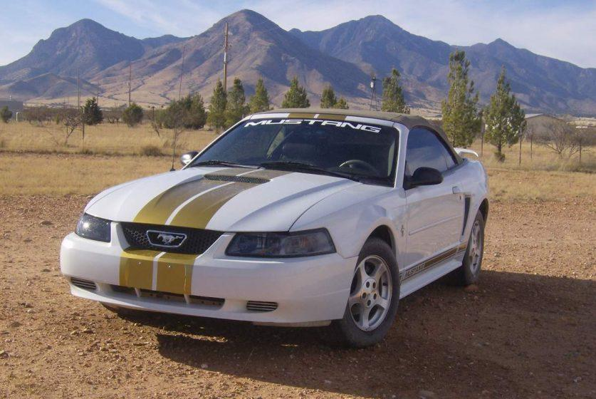 Купе Ford Mustang 4
