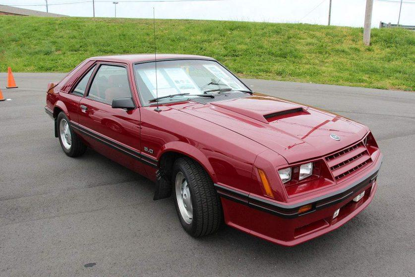 Ford Mustang 3 GT 1982 года