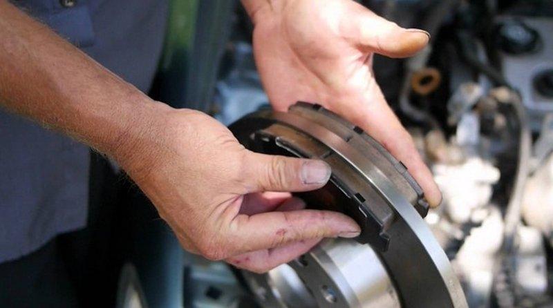 Как работают дисковые тормоза